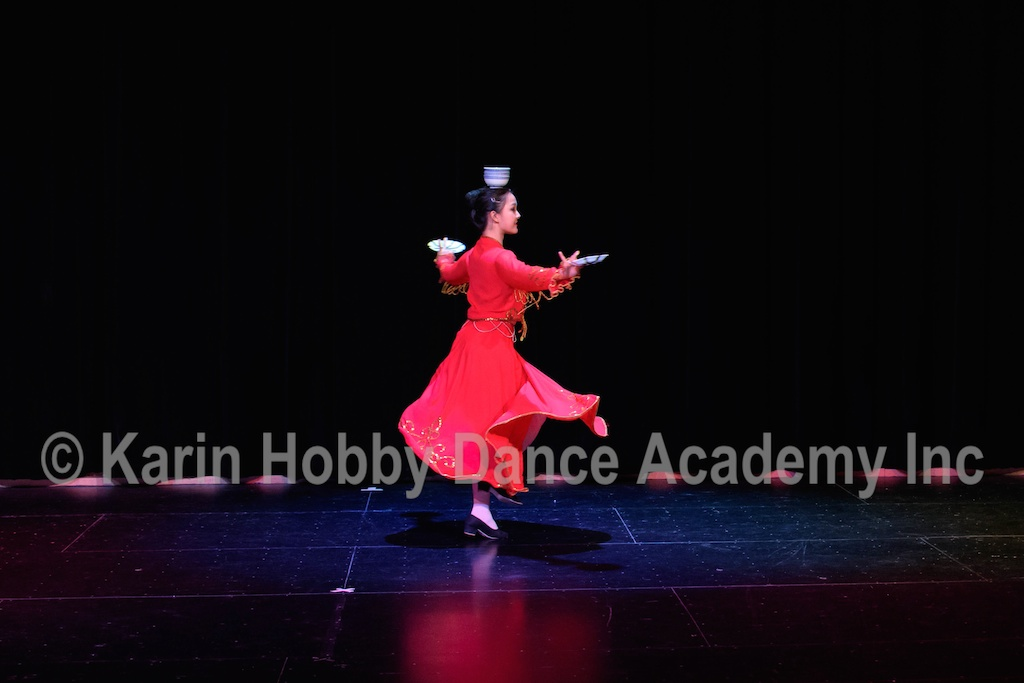 KHDANCE_All_Aboard_On_Stage_2017_016.jpg