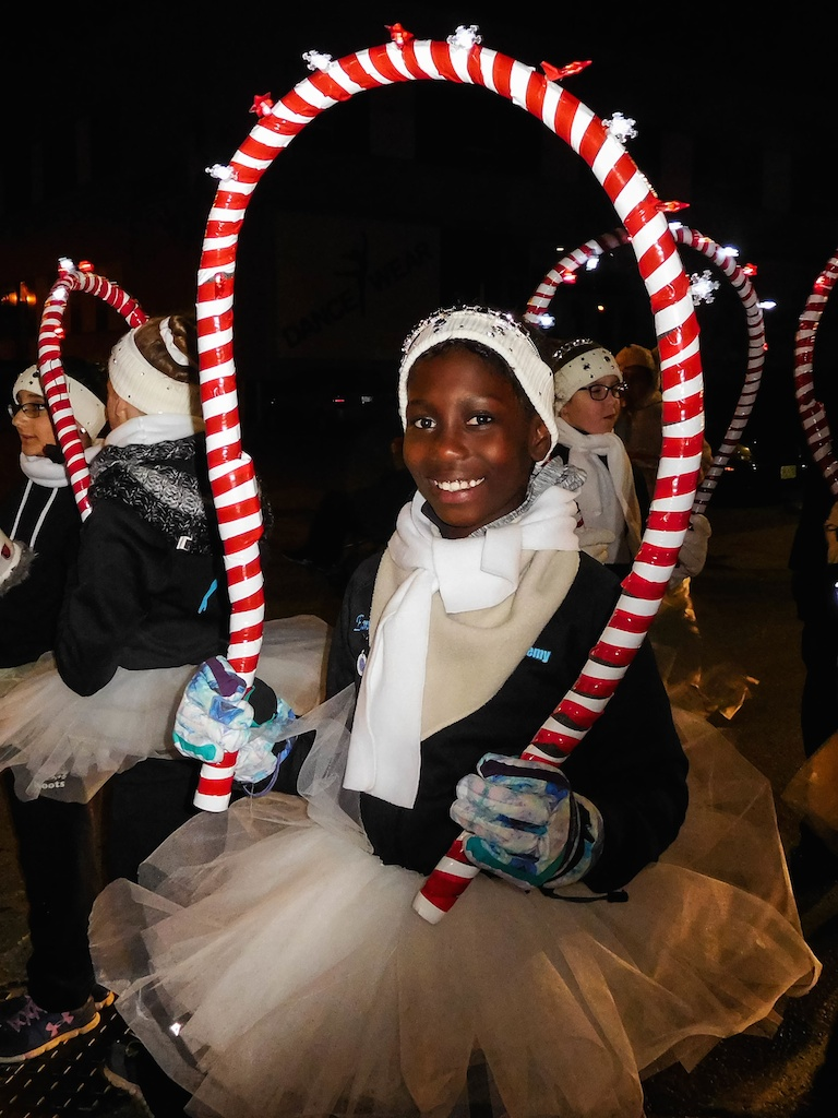 KHDANCE_London_Santa_Claus_Parade_2016_031.jpg