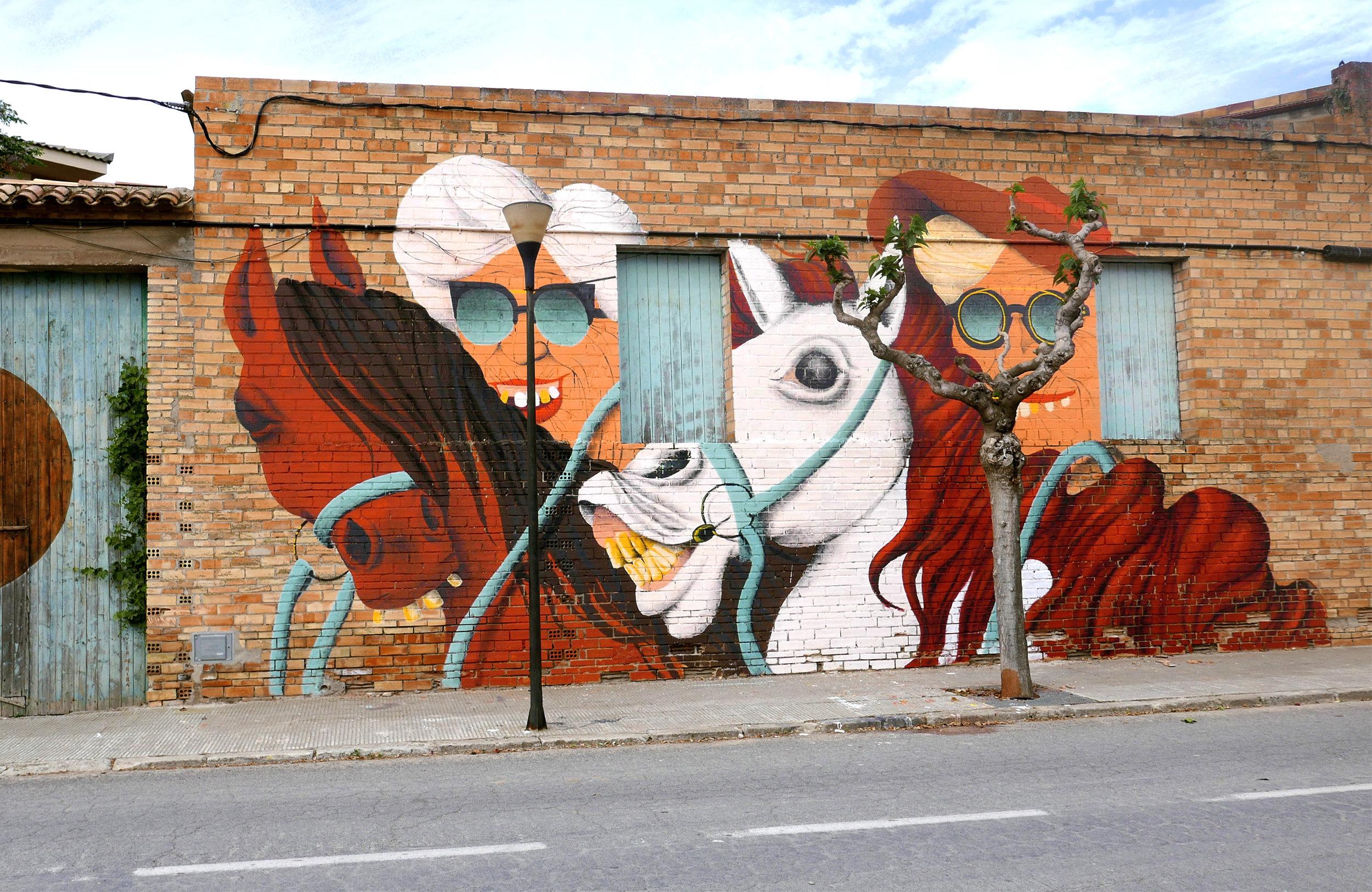 Mural painted during the Festival Gargar in Penelles, Spain, 2016. Photo by Bali Green