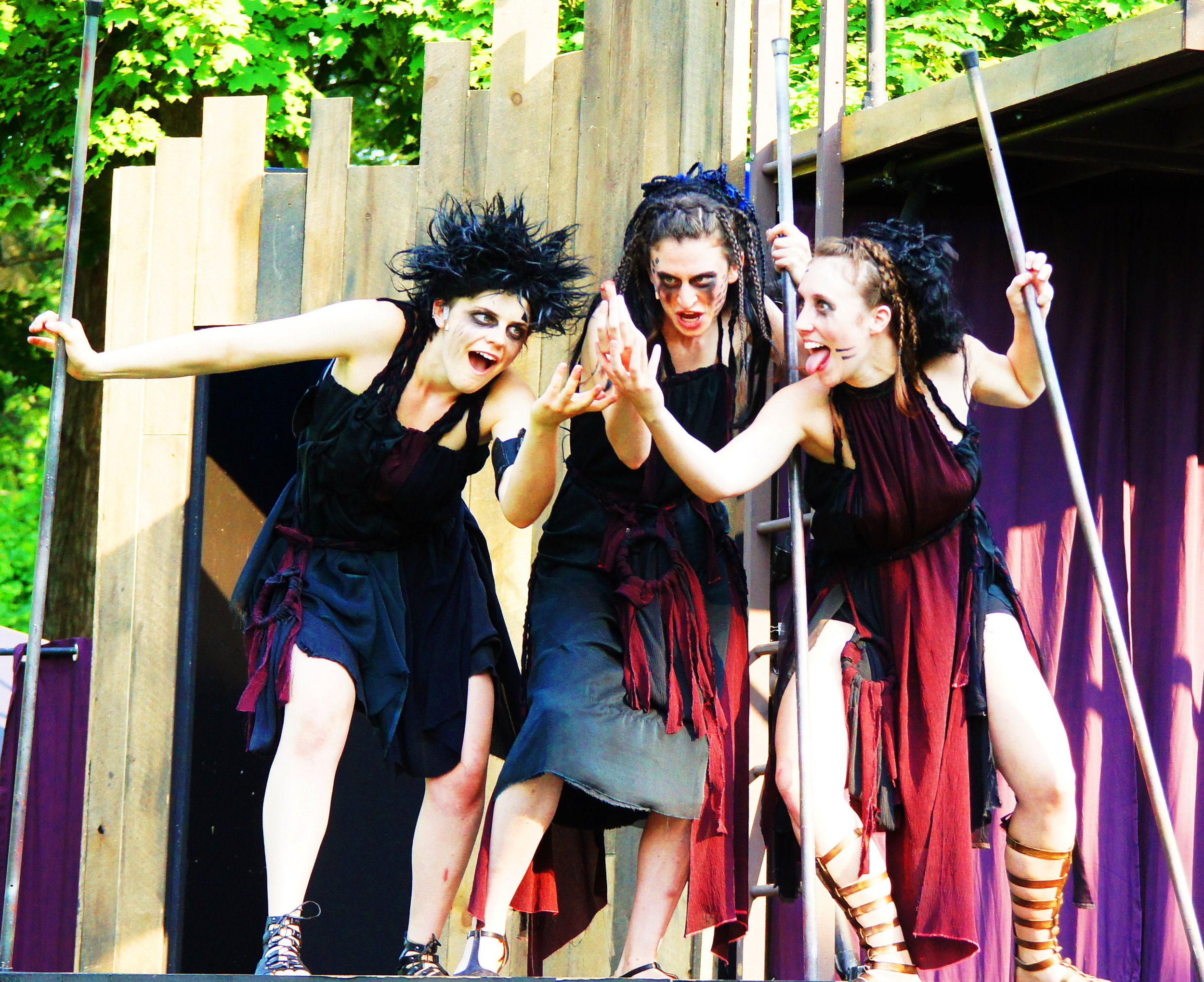 Olsen Macbeth 3 witches 2.JPG