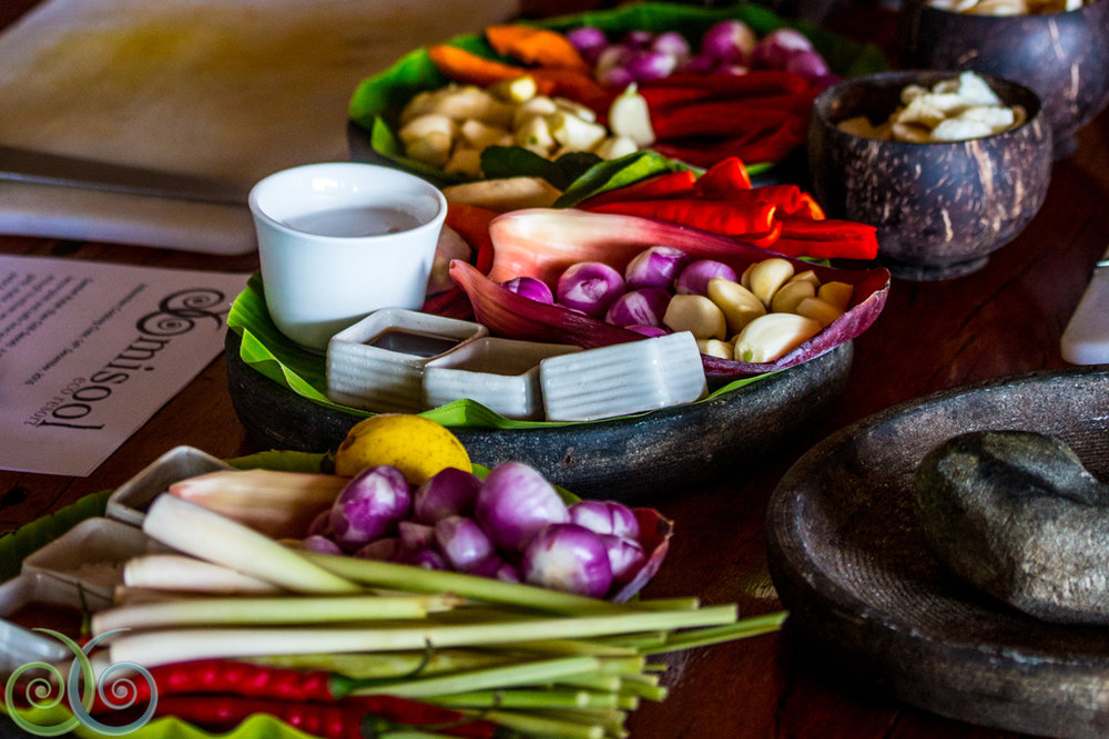 indonesian cooking class   Allow our chefs to take you on a culinary tour of Indonesia. You'll learn how to use fresh ingredients like turmeric, lemongrass, kaffir lime leaf, pandan leaf, and fresh pressed coconut oil to create a few Indonesian classics such as Sumatran Rendang Curry, Balinese Lemongrass Chilli Sauce, and Coconut Pandan Crepes.  This class takes place outside on the terrace, overlooking the North Lagoon.