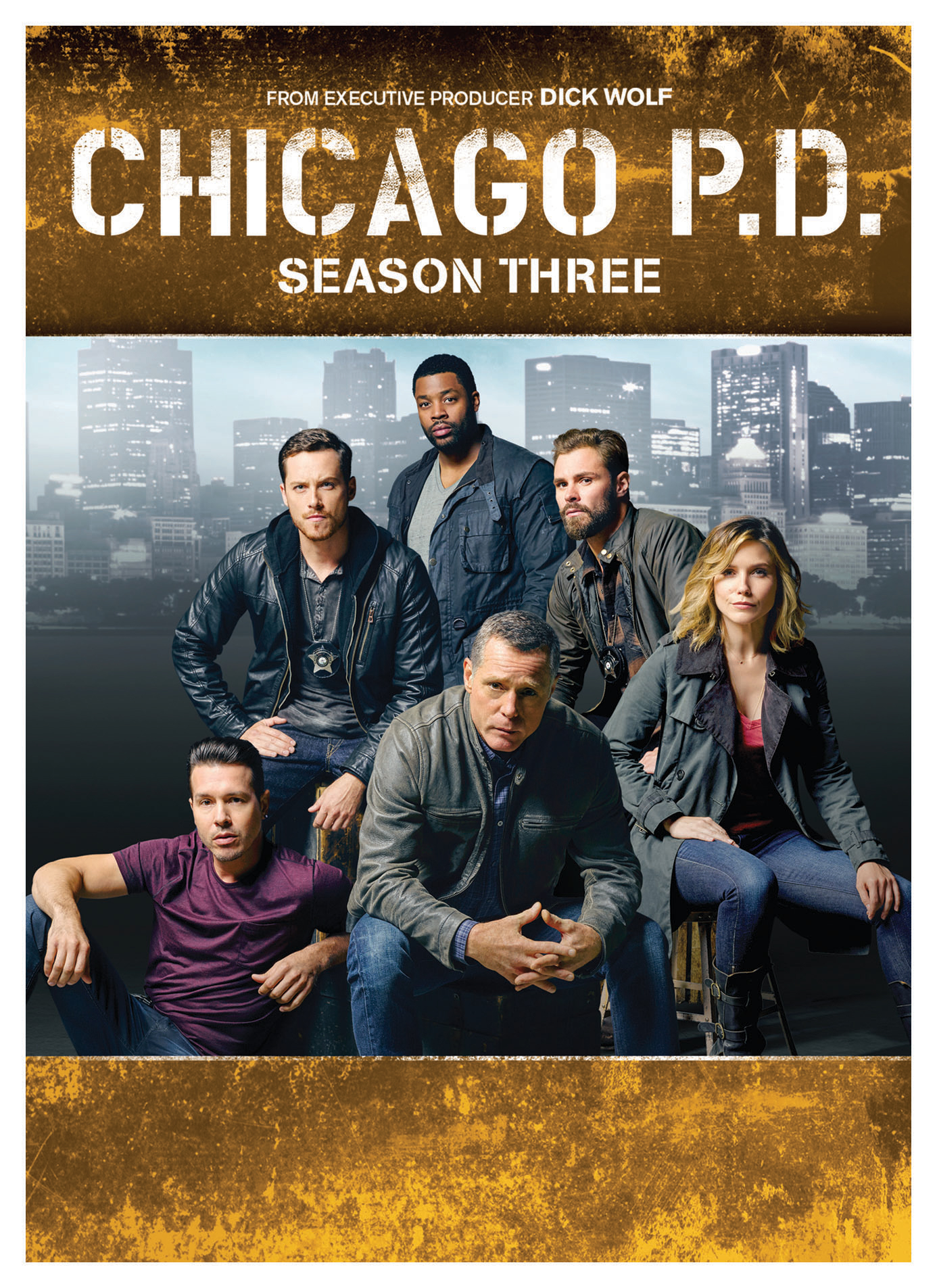 Return to ground zero in the fight against Chicago crime in all 23 episodes of this critically acclaimed drama from Primetime Emmy® Award winner Dick Wolf ( Law & Order ). In Season Three, Hank Voight's (Jason Beghe) intelligence unit is in the final stretch of taking down a powerful kingpin when one of his detectives is severely beaten and kidnapped. In a race against time, Voight makes the difficult decision to bring back one of the disgraced former members of his unit. Ride along with the 21st, in the series' most provocative and chilling season yet, back-to-back and uninterrupted.