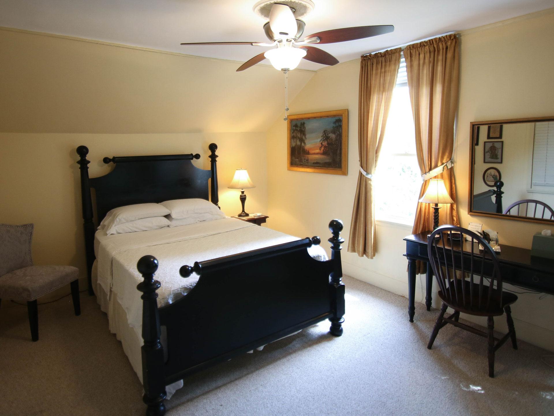 Rooms-3.jpg