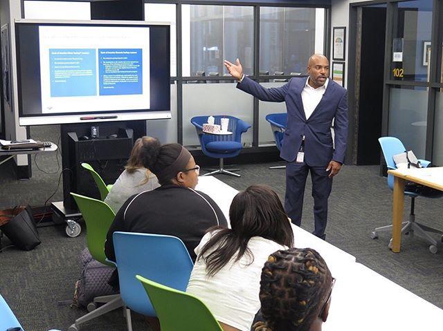 Andree Taylor, Bank of America, presents Better Money Habits, a financial education program for young adults. #boastudentinvestmentprogram #IamJWU