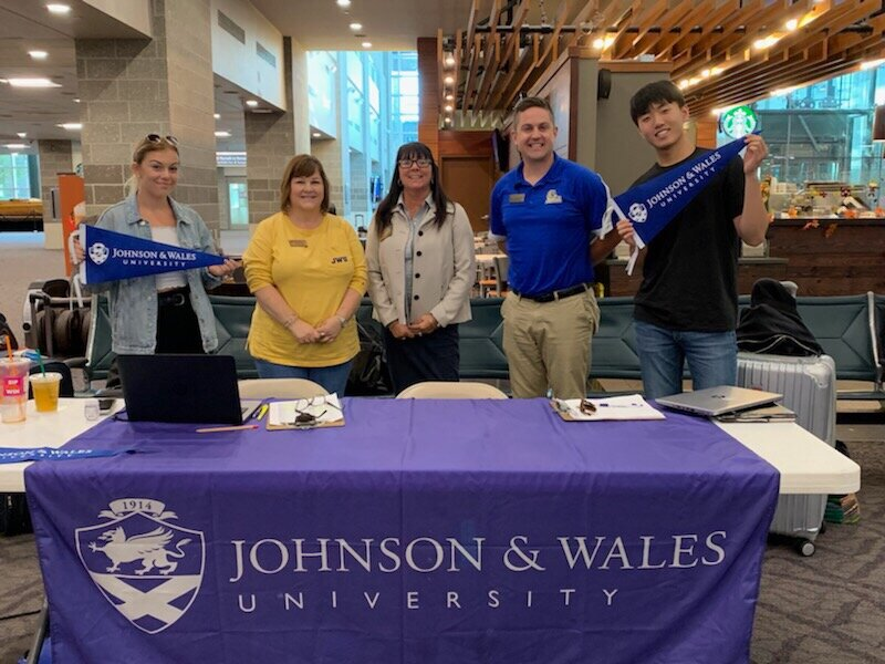 Copy of International Student Airport Pickup Day