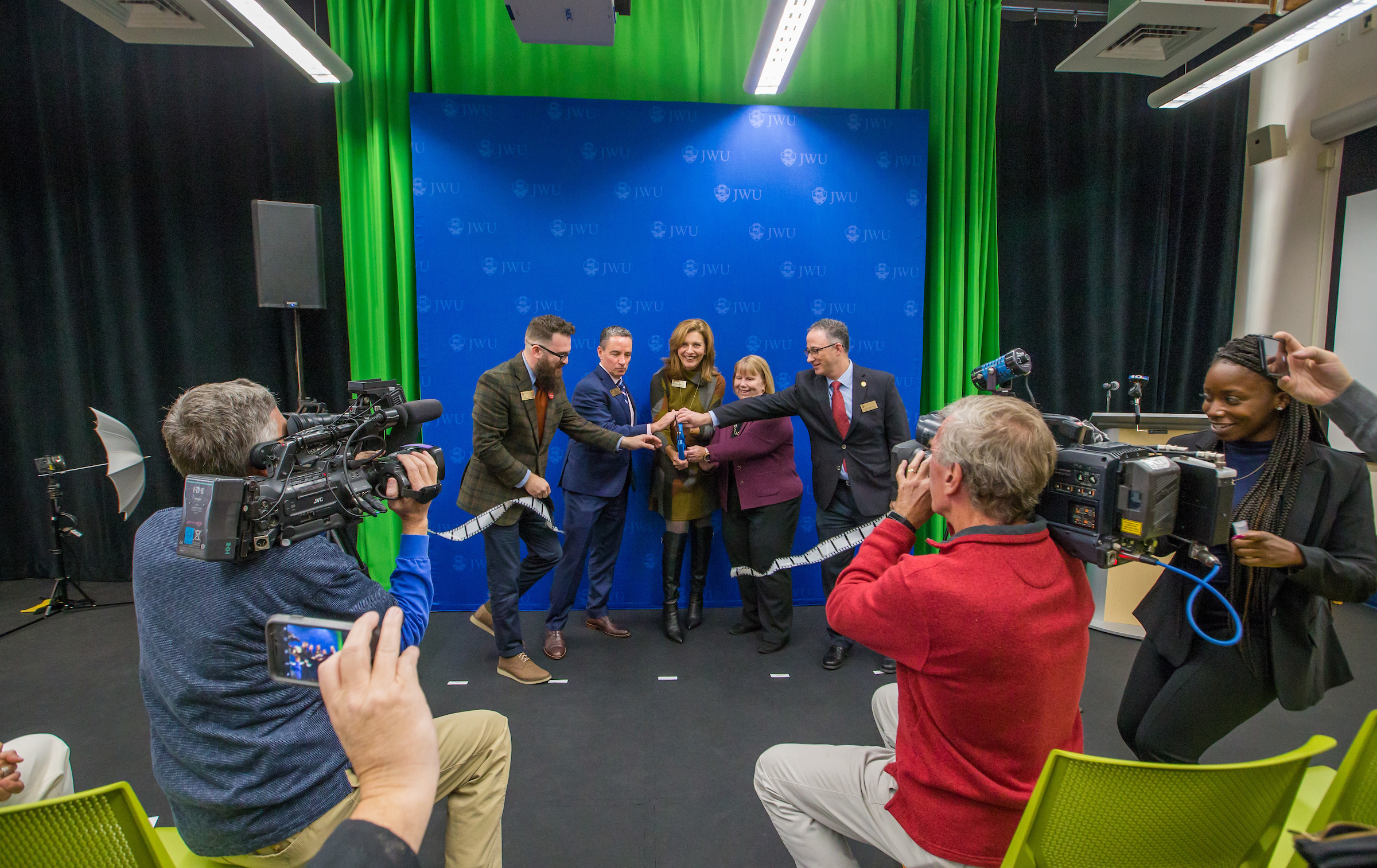 20191004_CenterForMediaProduction-Opening-C83T1317.jpg