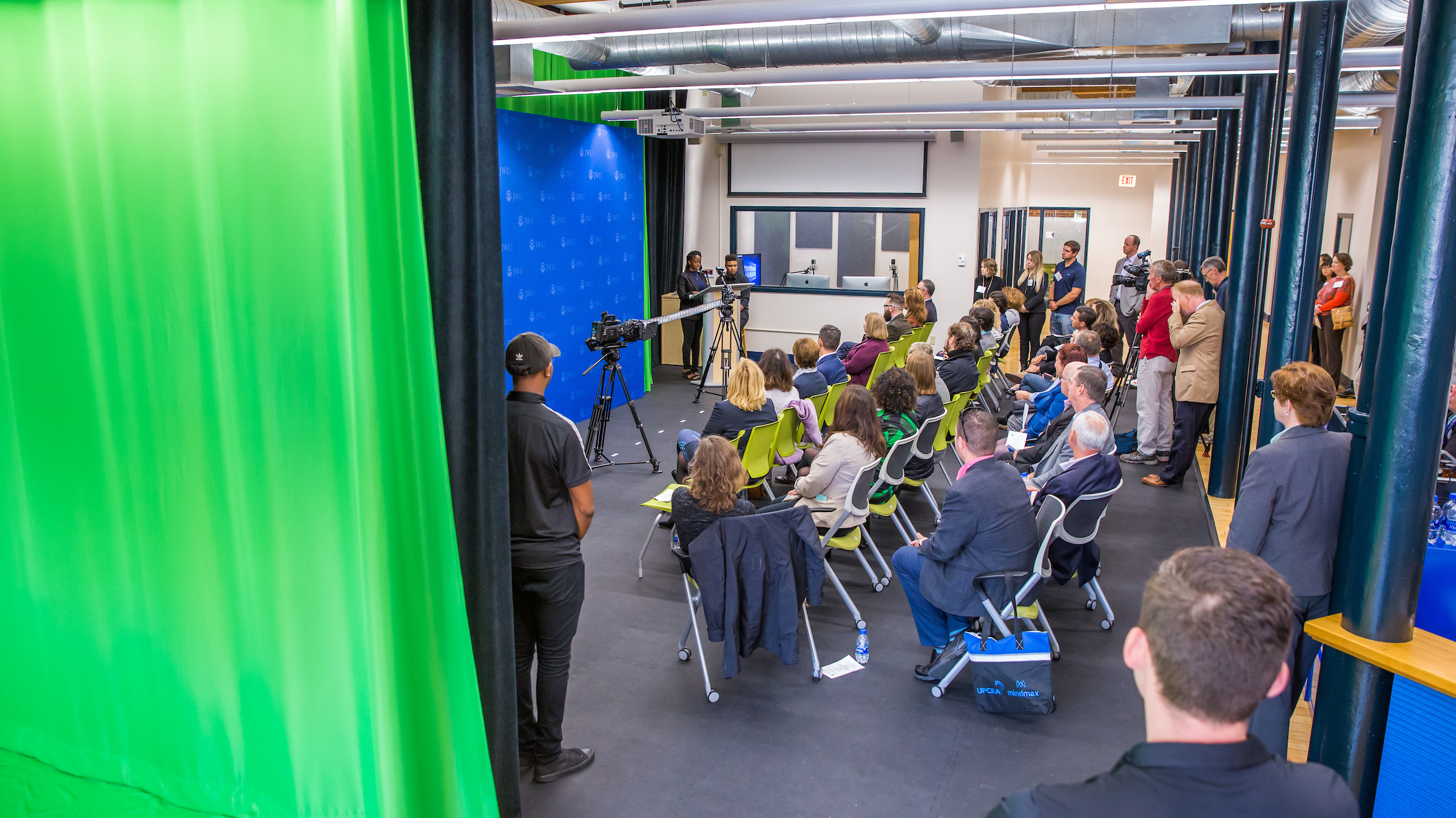 20191004_CenterForMediaProduction-Opening-5I0A4200.jpg