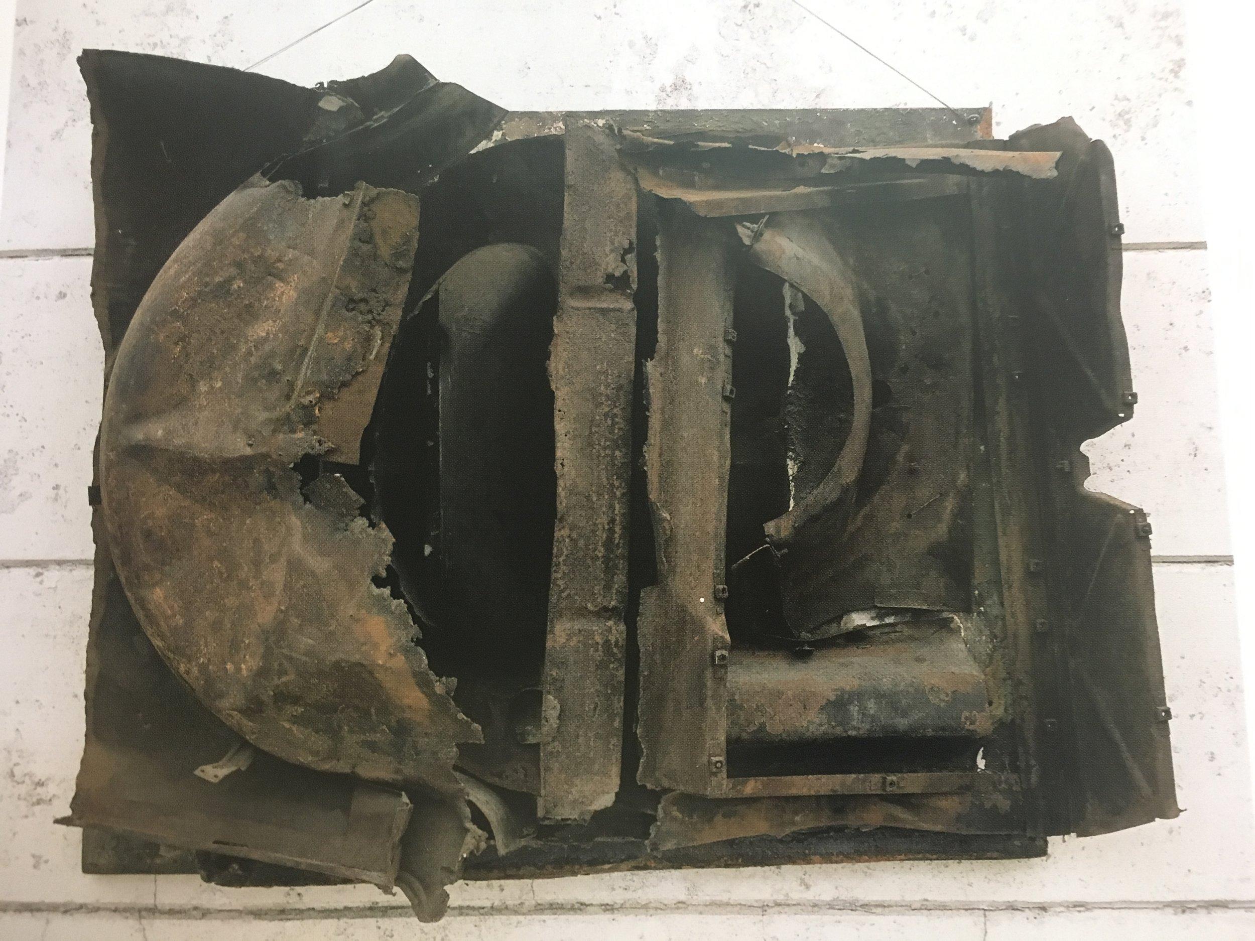 Bilskrotrelief, 1964. 100x135 cm. Tilhører Kunstmuseet Heart, Herning.