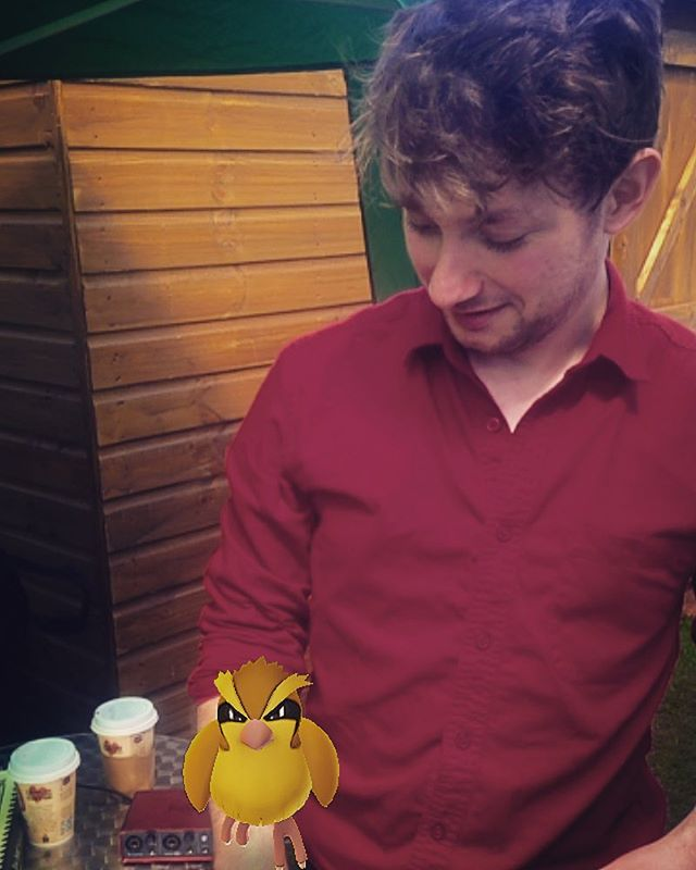 Sam has been attacked by a wild pidgey...and just before a set, too. #musicians #jazz #uom #uomgraduation #pokemon #pokemongo #vintage