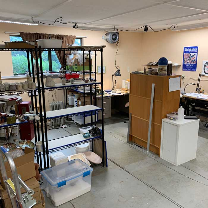5-RG-Blog_20190708-My-Studio_med-wide-Studio.jpgMy Clay Studio - Creating a Creative Space - Rebecca Gerendasy Clay - Art