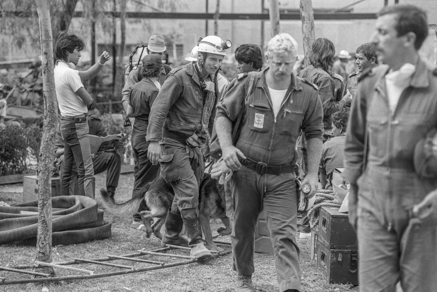 Israeli rescuers