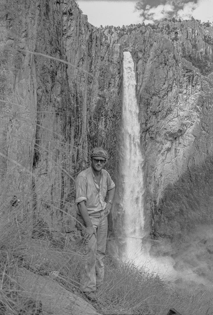 Bob en la Cascada de Basaséachi, 1963.