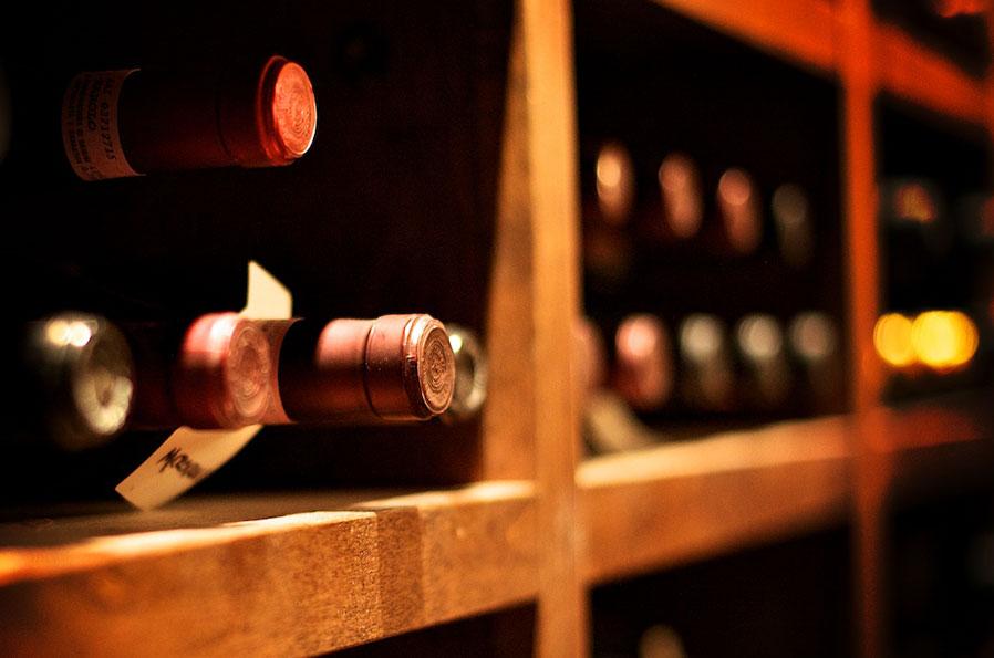 photos_wine_wine_rack.jpg