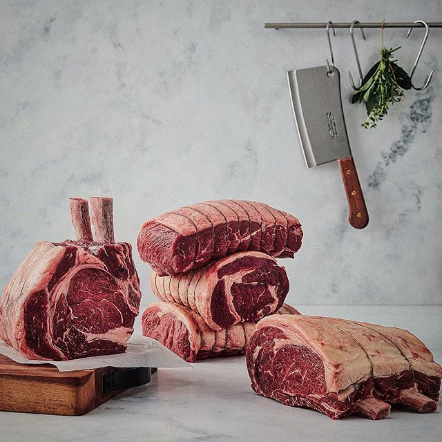 Here's a pic from the @boothscountry Christmas book that I've stolen and filtered to within an inch of its life. Even put some ded posh vignette on it. Thought a vignette was something to put on me salad. • • • #foodstylist #foodphotography #beef #meat #rawmeat #marble #butchery #foodstyling #feedfeed #rib #bonein #steak #vignette #ribeye #beefy
