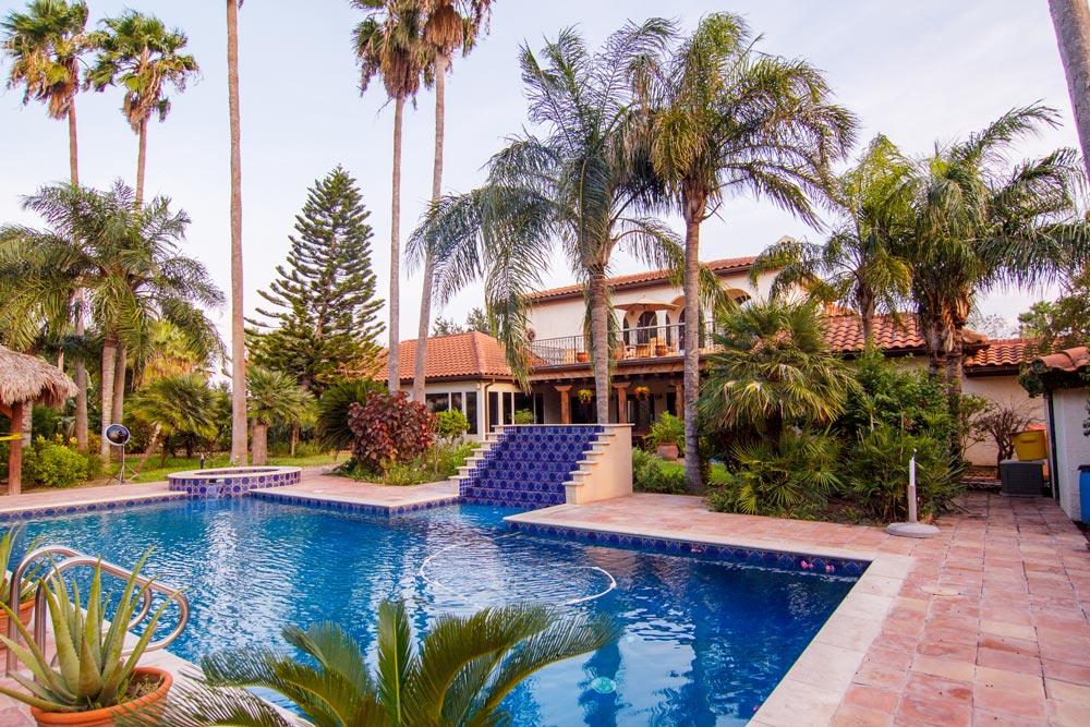 The Inn (Pool Area)