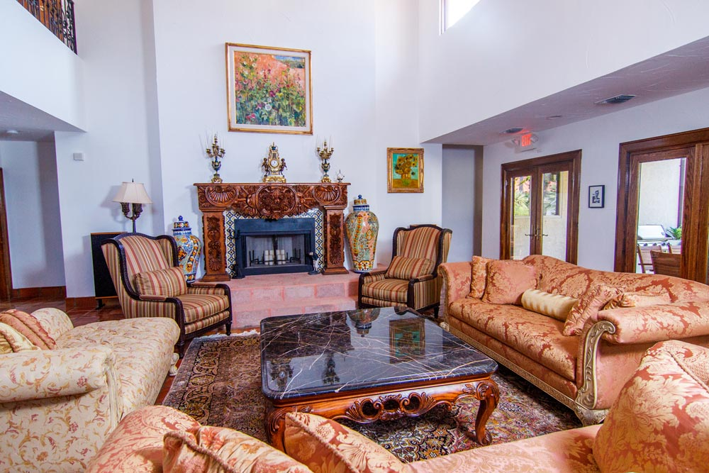 The Inn (Living Room)