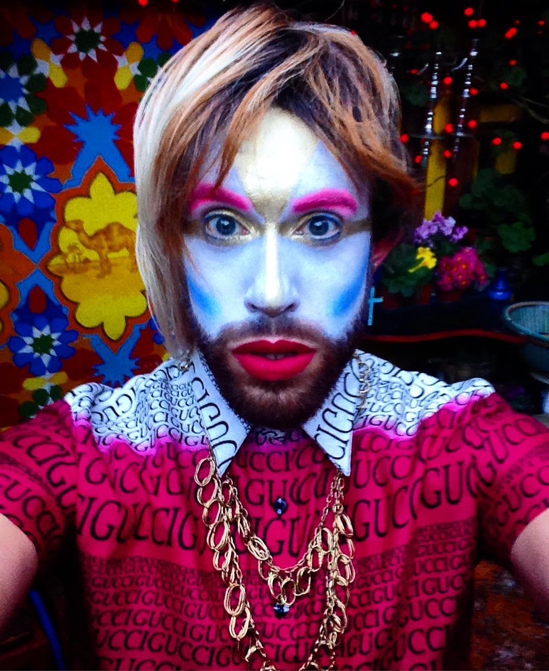 David Cumming 2 - Cabaret character HYMN.jpg