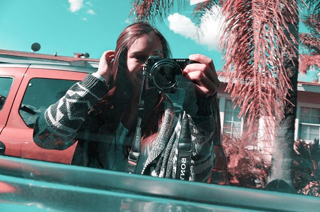 THE TEAL PINK PROJECT: 046 * * * #ttpp #thetealpinkproject #tealpink #teal #pink #project #sonya6000 #gopro #djimavic #photography #sony #a6000 #selfie #tbt #california #offtoLA #windowselfie