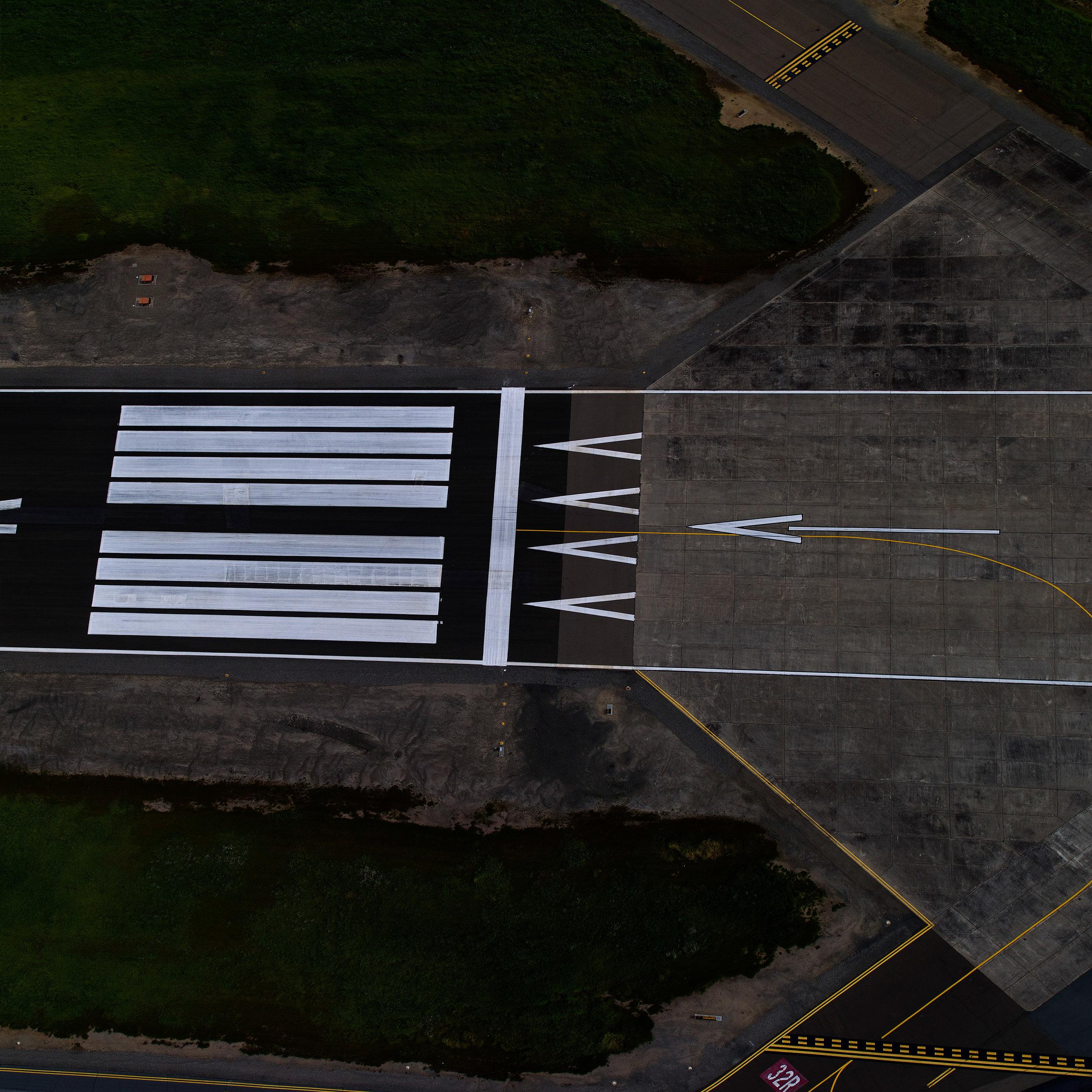Runway_295