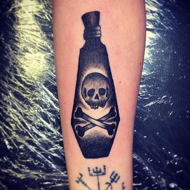 Poison bottle done by Kim @kstudiotattoo  #tattoo #tattoos #tats #ink #inked #yeg #yegartist #yegtattooartists #whyteavetattoo #whyteave #eternalinkwhyteave #eternalink #skulltattoos