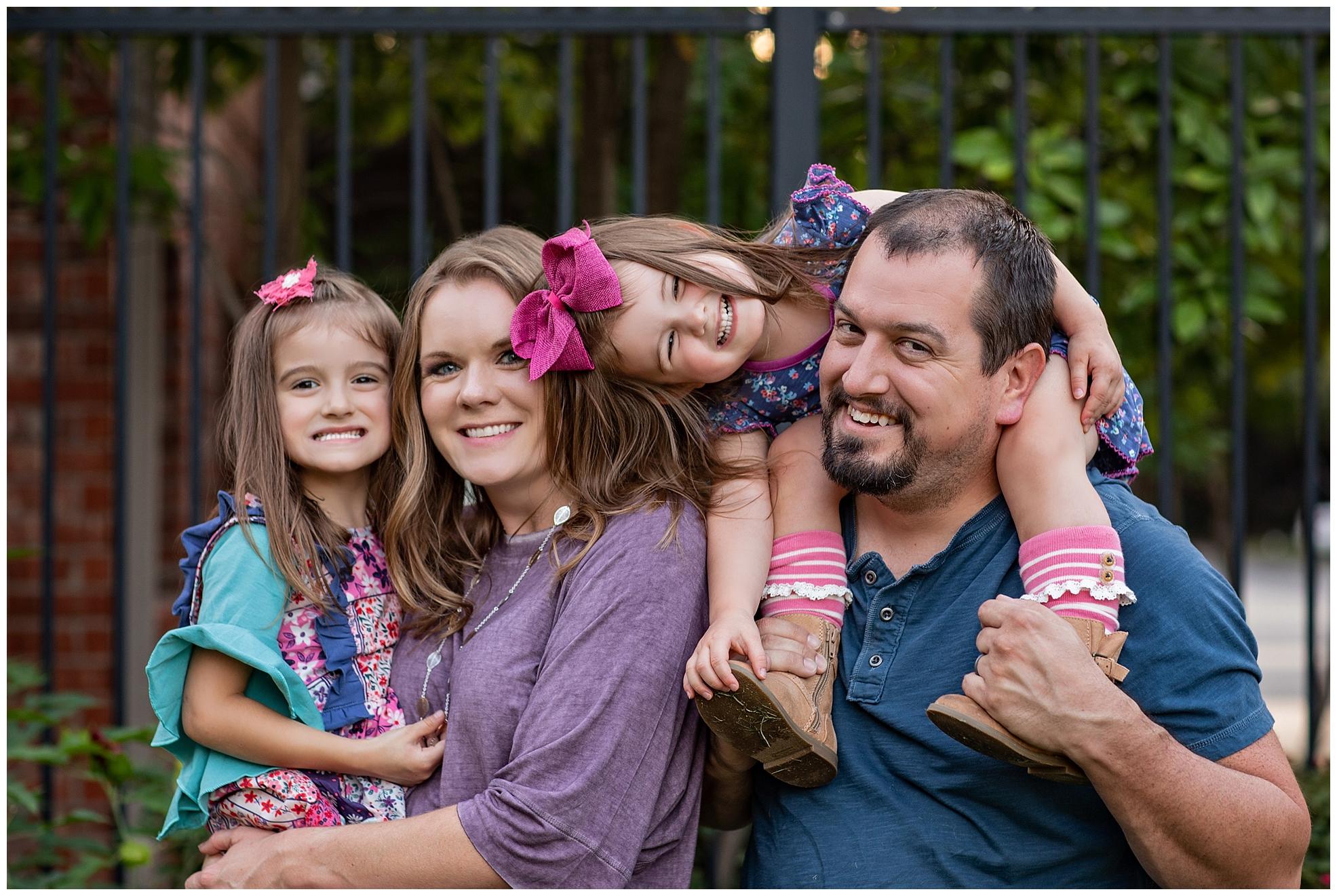 Family portriats.jpg