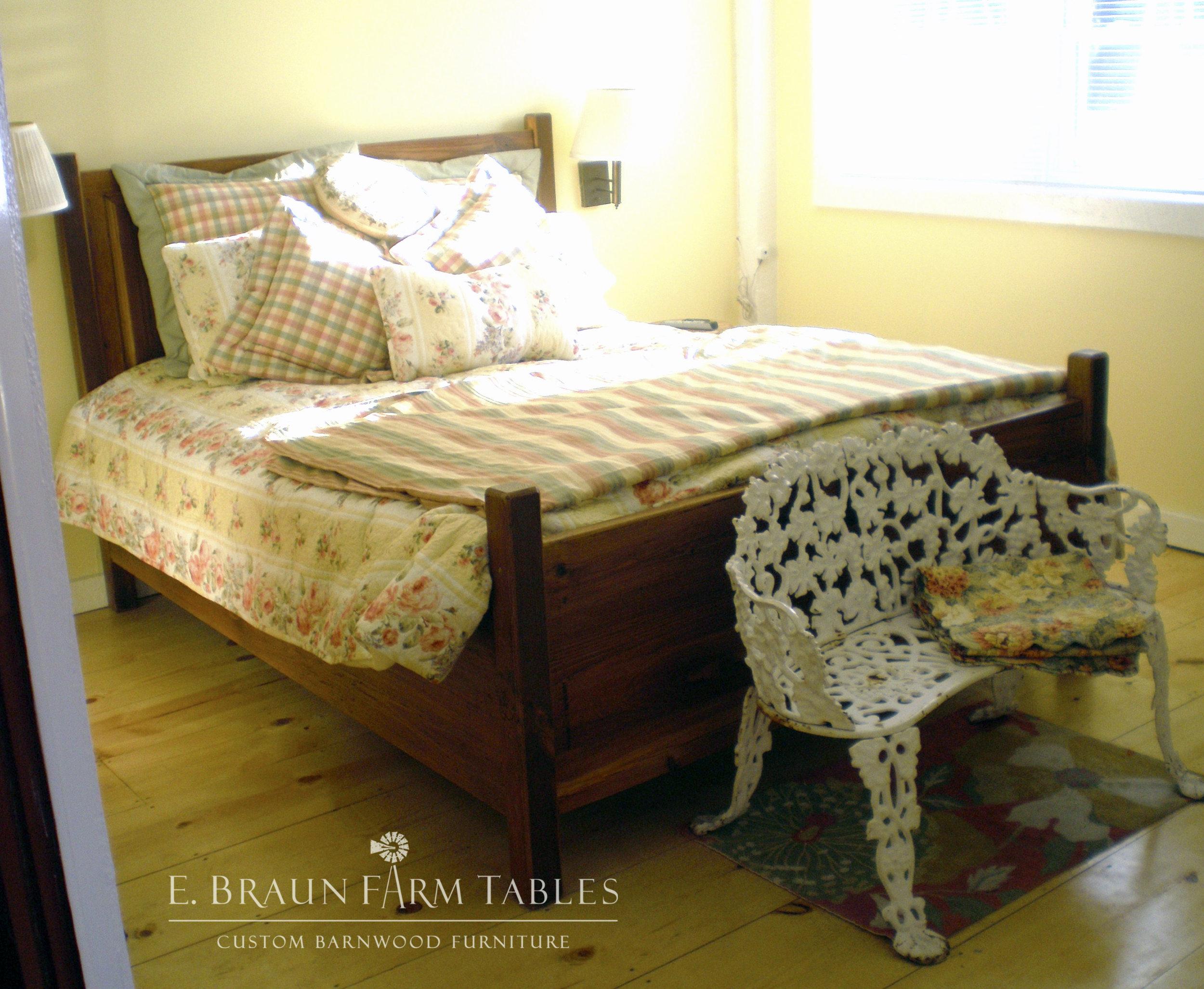 BR37 - Raised Panel Bed