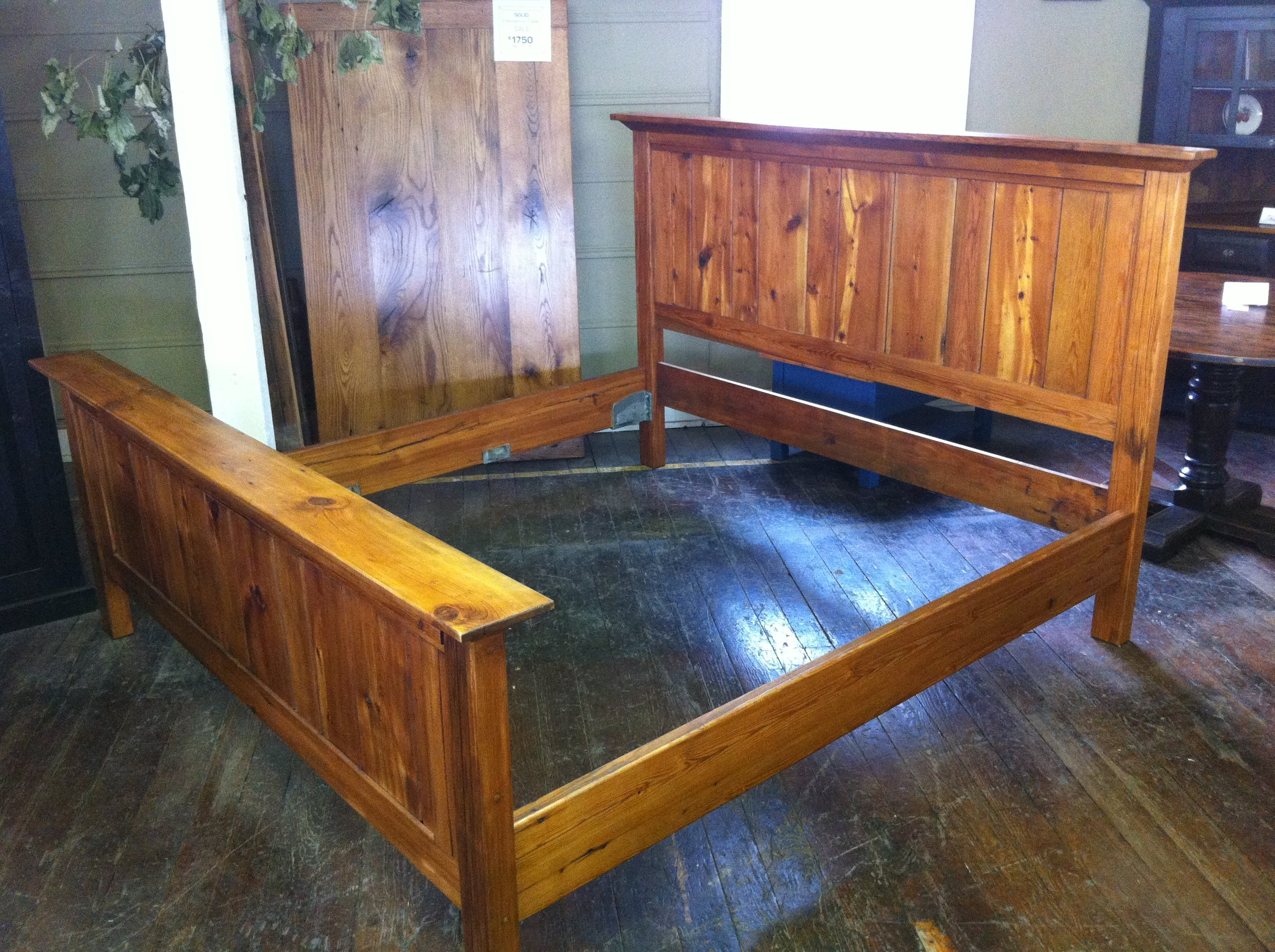 BR39 - Shelf Bed - Reclaimed Yellow Pine