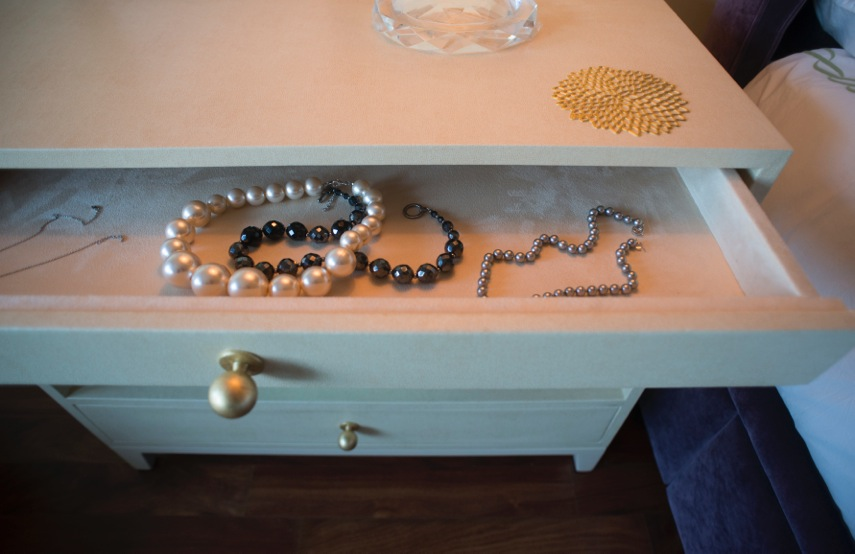 Side Table with uph Drawer.jpeg