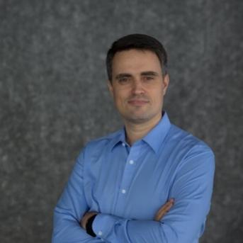 Francois Cadiou - CEO Healint - low resolution - 4126.jpg