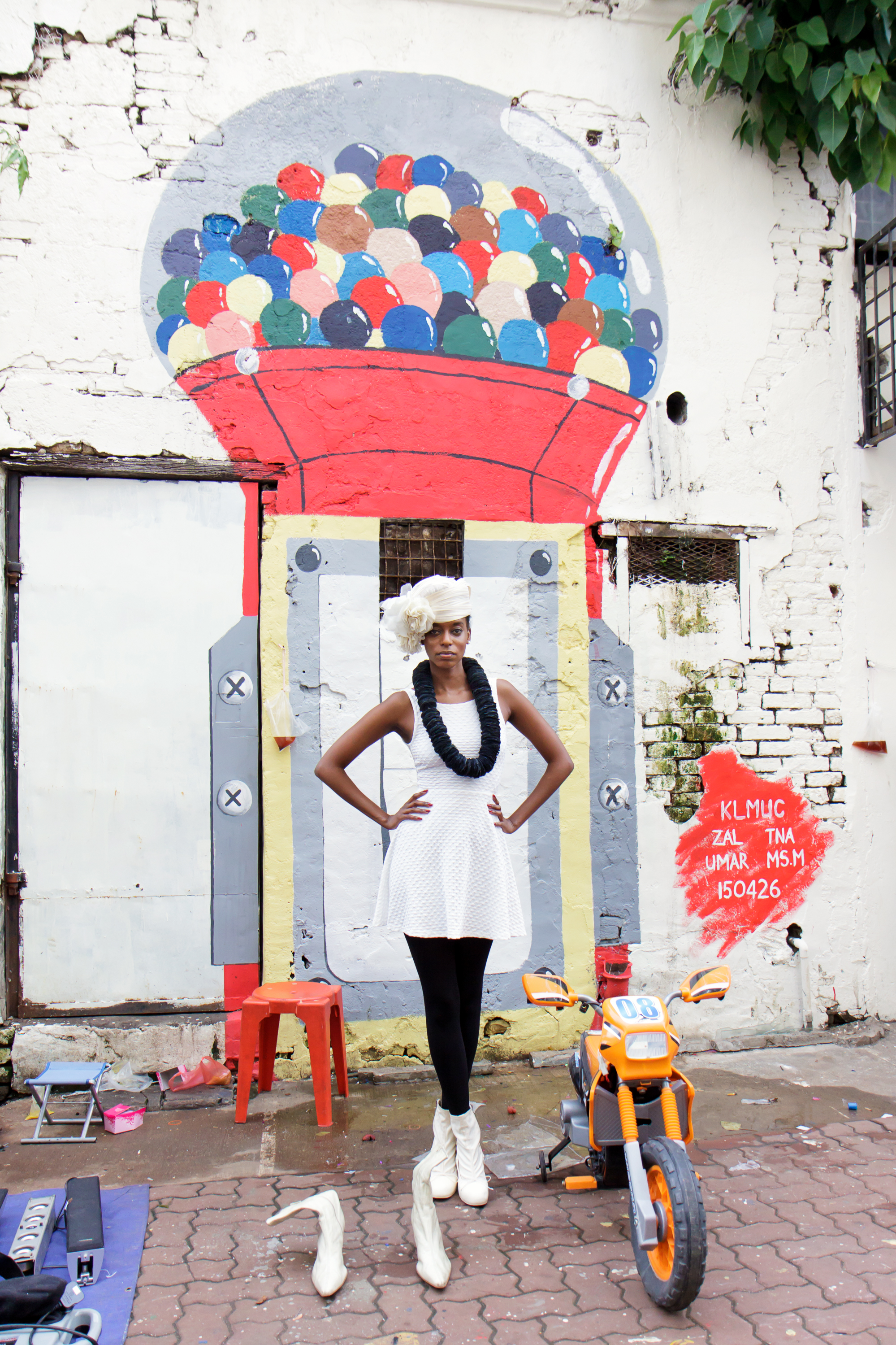 HATS IN THE CITY / Styling