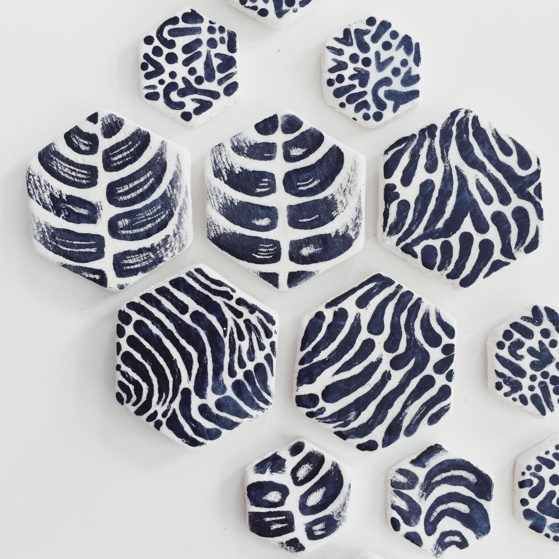 bold patterns - >>>