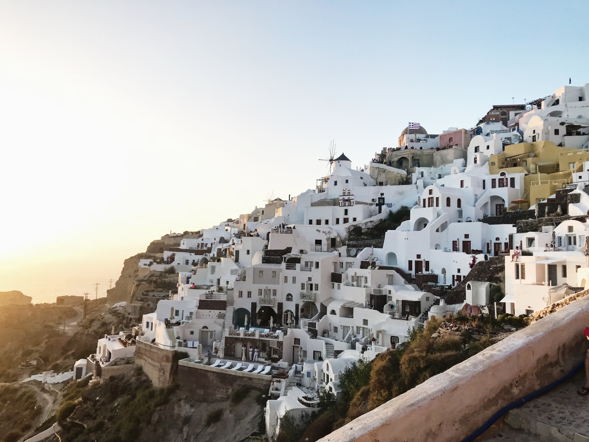 How to spend 3 days in santorini - Can't believe I went to Santorini for my honeymoon. It is truly a beautiful gem in the Aegean Sea and a one-of-a-kind experience. Beautiful sunsets, fresh food, amazing wine and great hospitality.