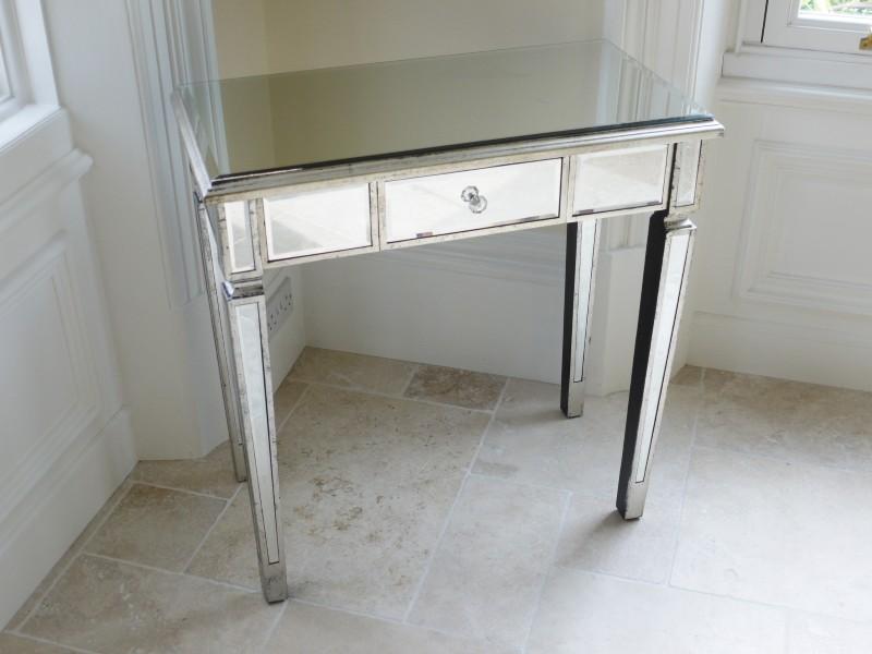 Peilipöytä 245€