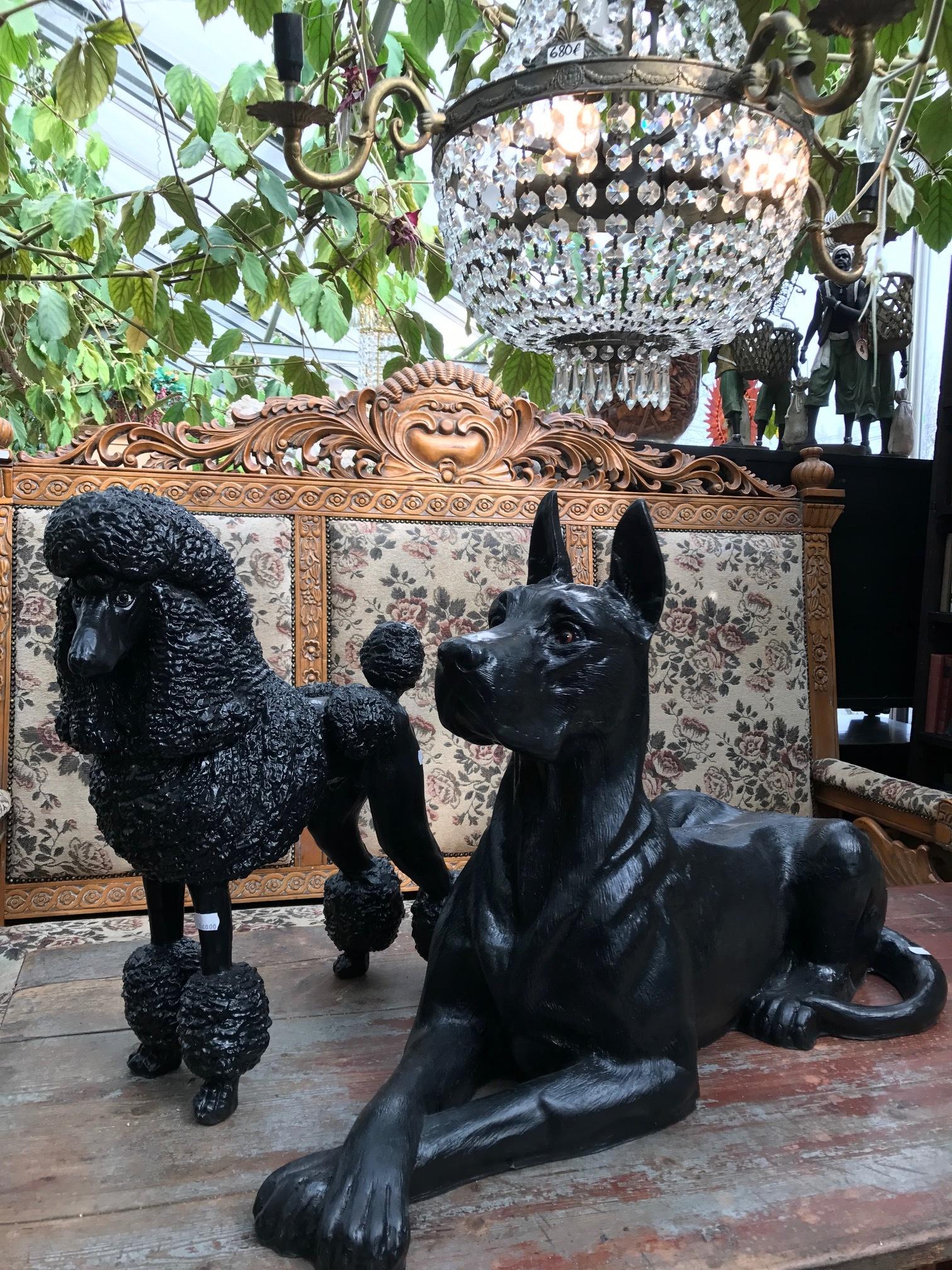Koira patsaat 140€ / 210€