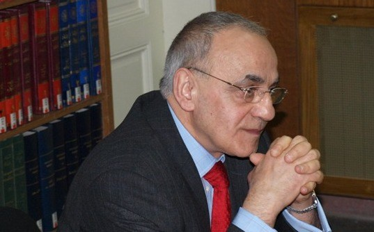 Aziz Al Azmeh