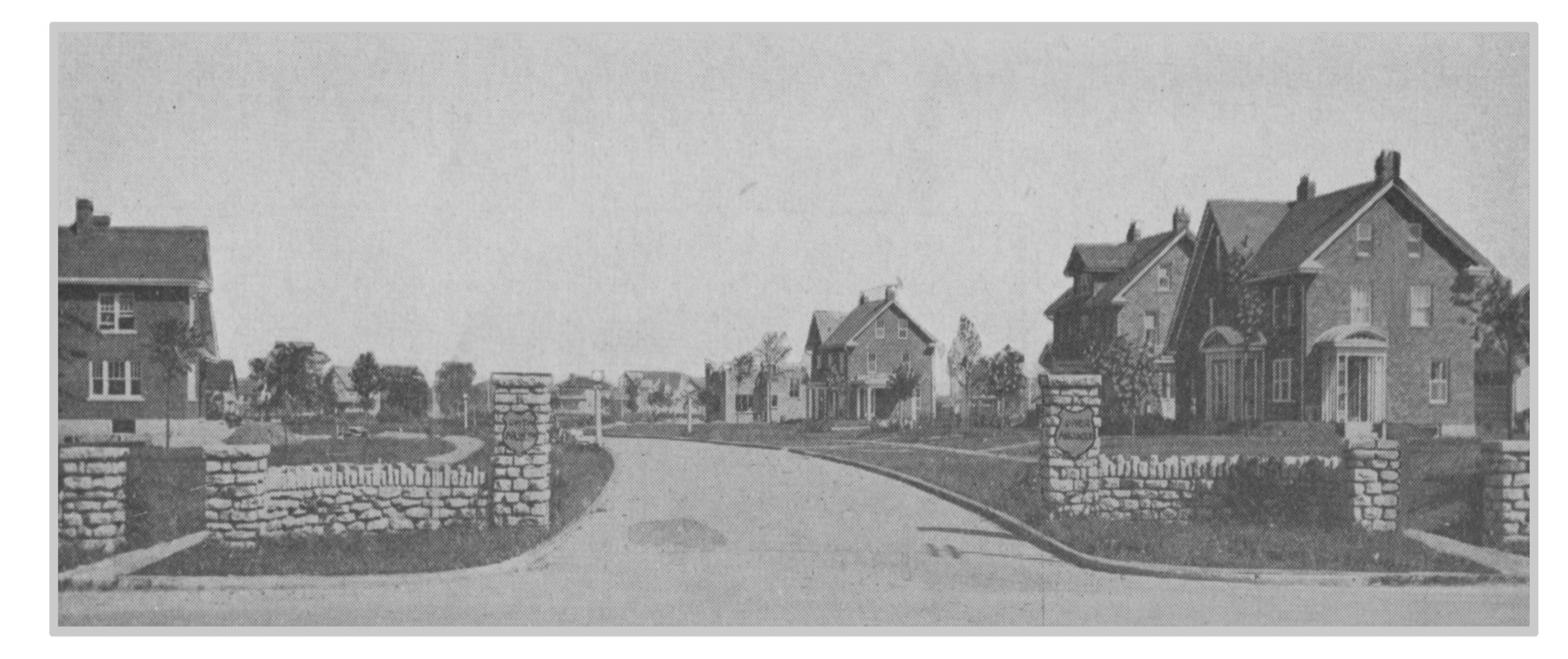 Entrance to Upper Arlington at Cambridge & Fifth Avenues in 1918. (Courtesy of UA Archives.)