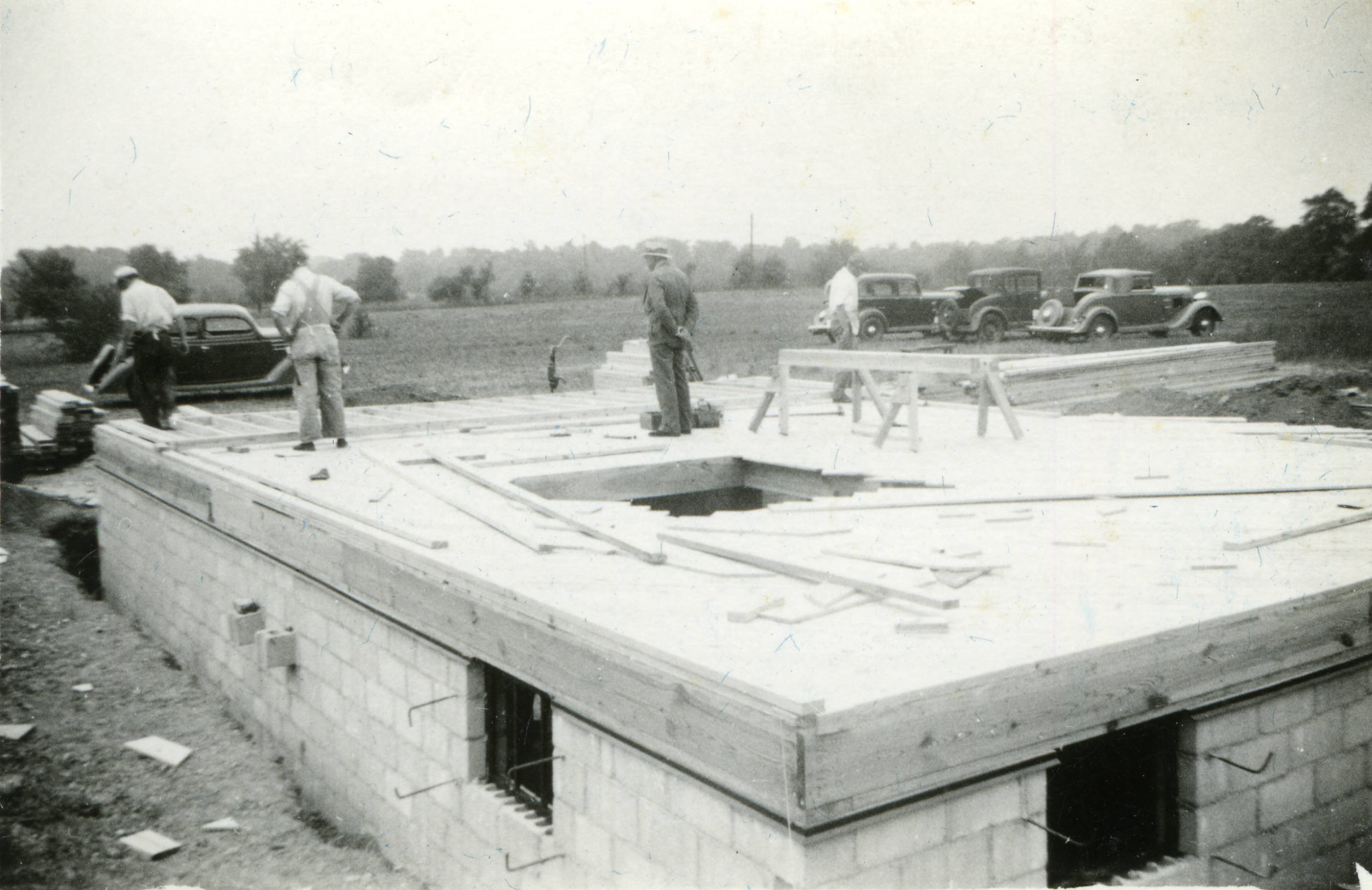 Construction on the Warren C. Armstrong residence, east of Riverside Dr. and north of Fishinger Road, circa 1936. (Courtesy of UA Archives.)