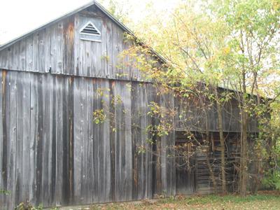 Historic barn in its original location on Lane Road.