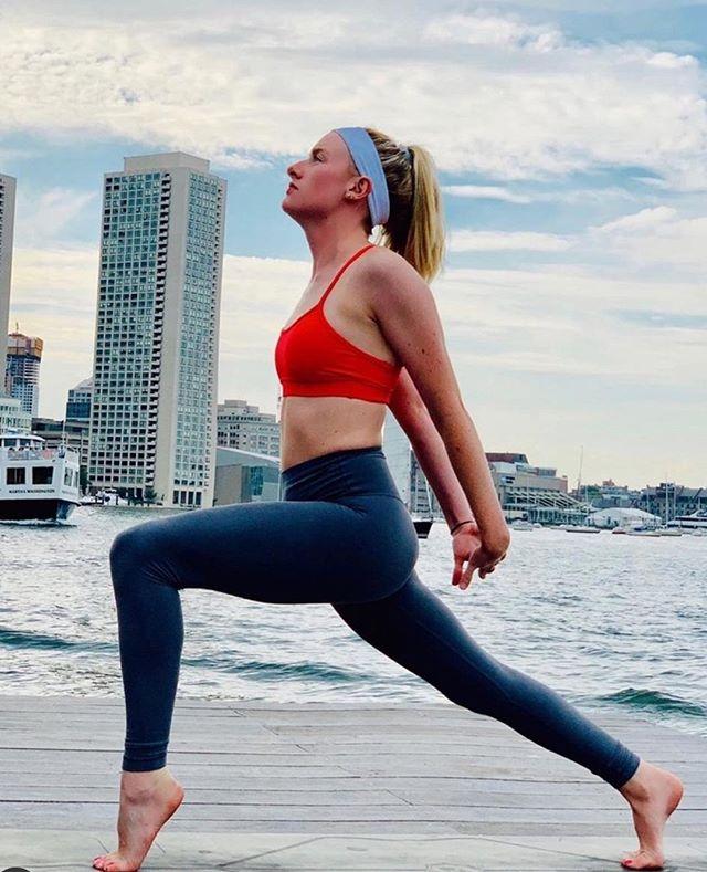 determined to rise ✨ @namastay_fit . . . . . .   #yoga #yogainspiration #yogaeverydamnday #yogalife #yogapose #newengland #yogapractice #yogi #yogalove #workshop #yogastudio #meditation #hotyoga #walpole #mansfield #bostonsbest #shoplocal #sharonma #foxboro #dedham #wrentham #needham #southshore #foxborough #westwood #health #wellness #yogareachesout #bostonfitness
