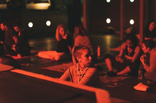 pre beat chillen 🤙🏼 . . . .   #music #musician #instamusic #dj #musicislife #musicismylife #goodvibes #party #singer #techno #dance #pretadanser #singersongwriter #producer #musiclife #livemusic #musiclovers #newmusic #house #housemusic #yoga #yogainspiration #yogaeverydamnday #yogalife #yogapose #newengland #yogapractice #yogi #yogalove #workshop