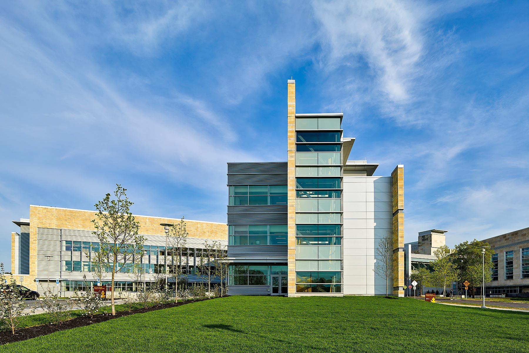 Rowan College of Engineering Clarke Caton Hintz Glassboro, NJ