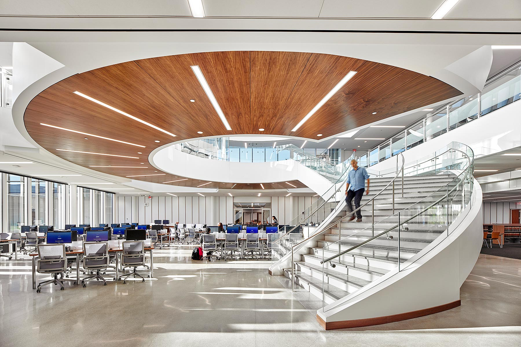 Suffolk County Community College ikon 5 Architects Brentwood, NY
