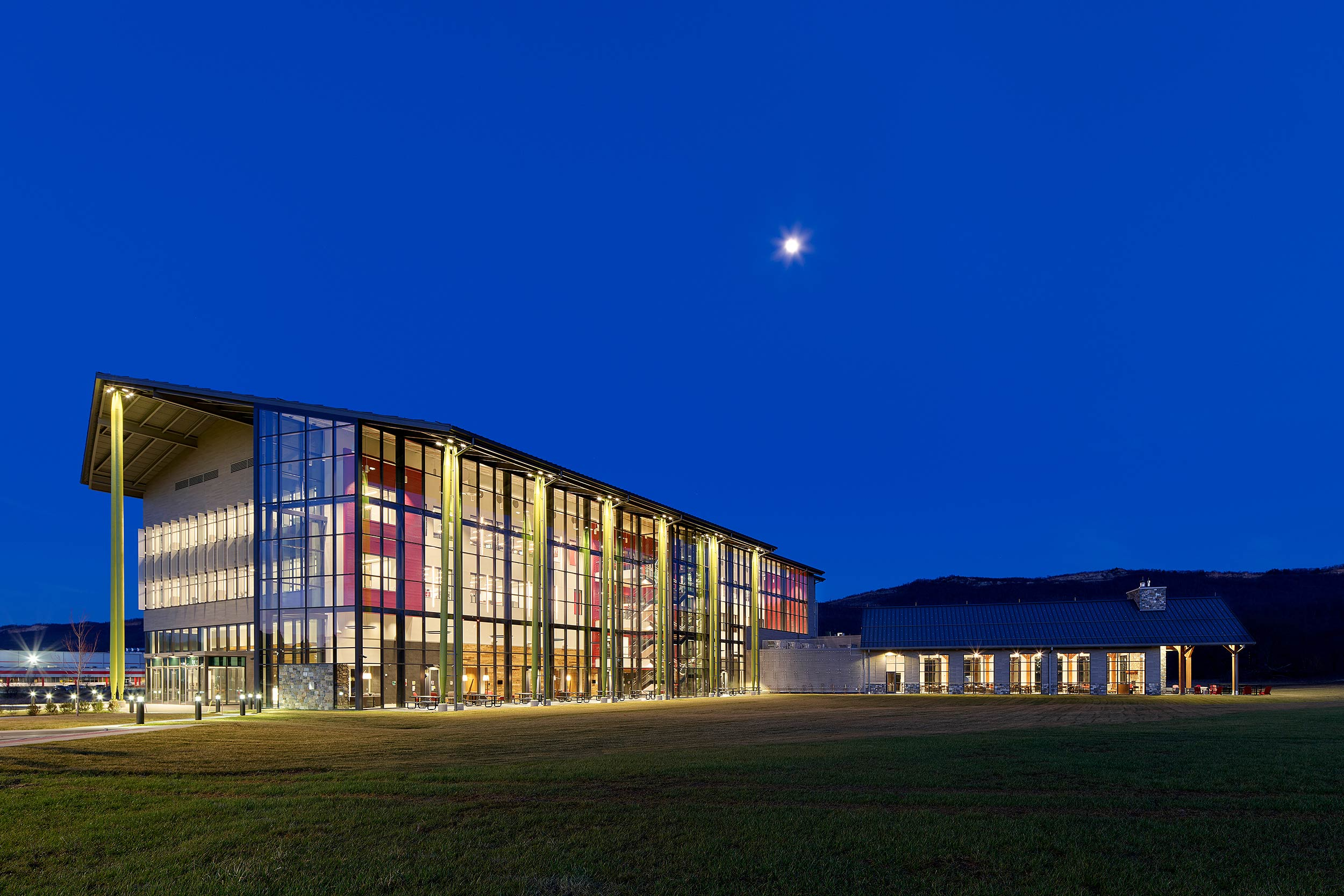 Sheetz Corporate HQ LR Kimball, Daroff Design Altoona, PA