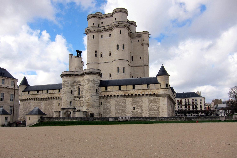 chateau de Vincennes.JPG