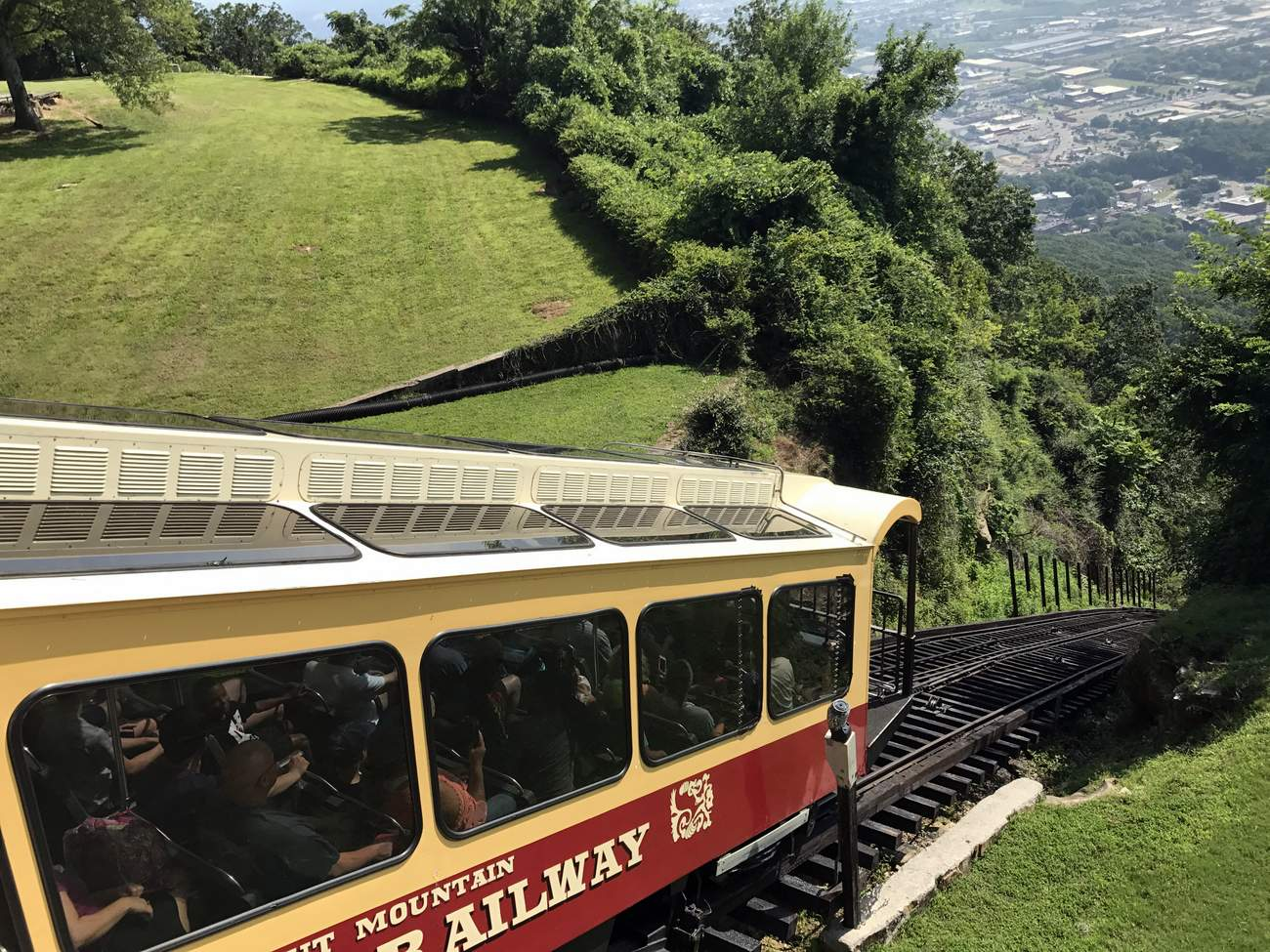 If you decide to skip the Incline Railway, do not skip Point Park which resides at the top of Lookout Mountain.