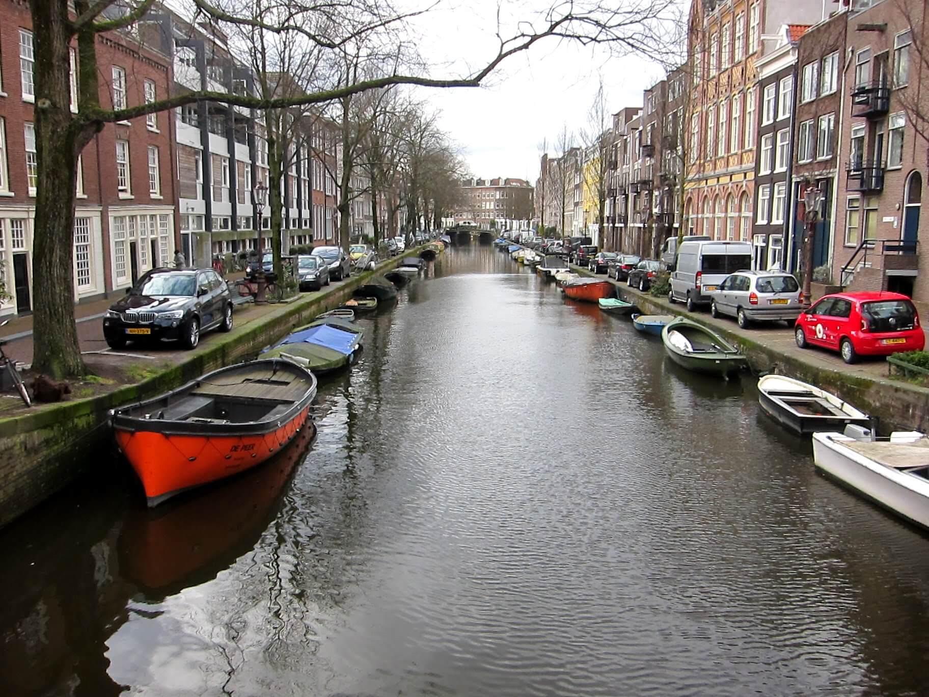 boats-along-canal.jpg