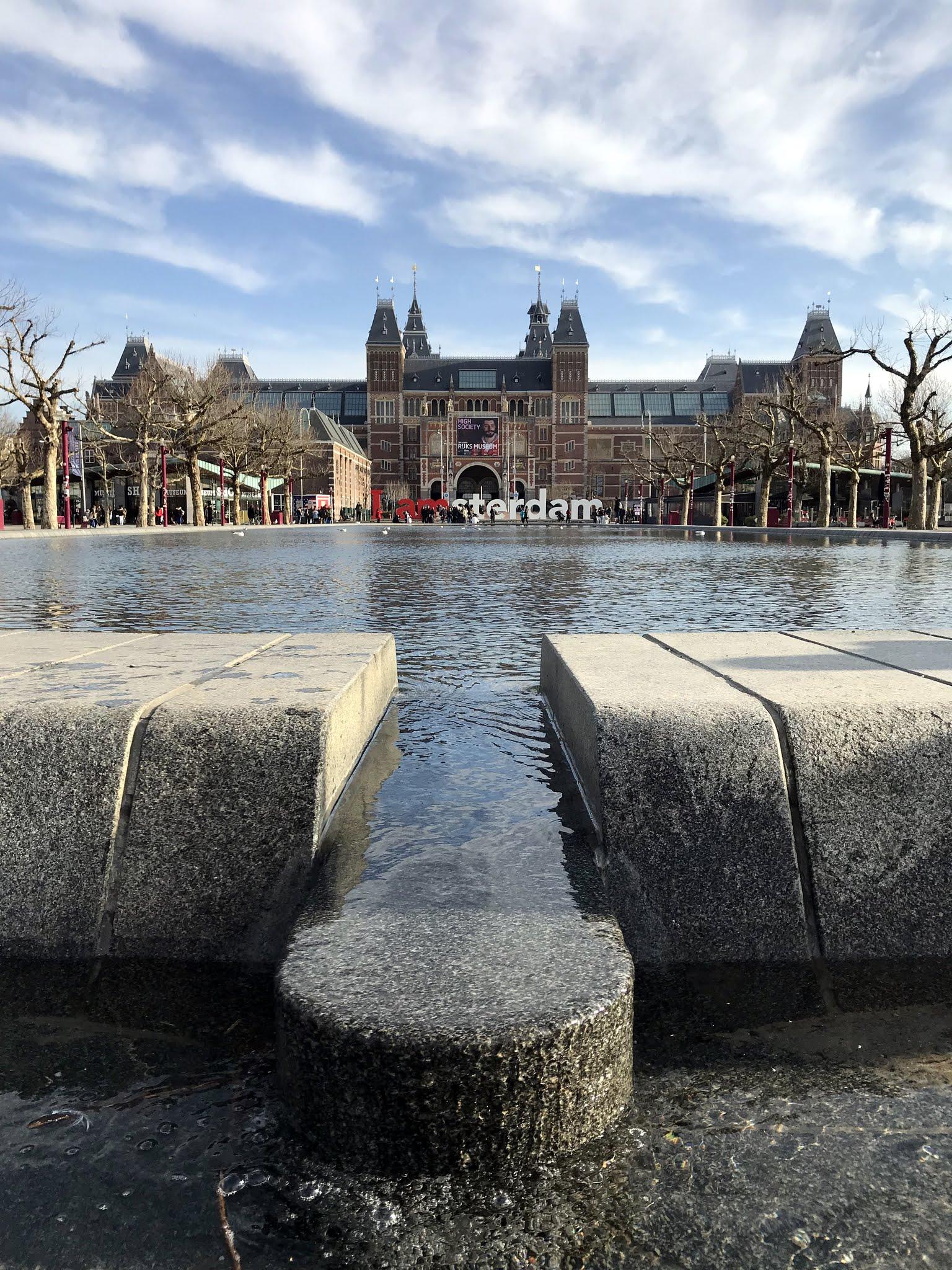 museumplein-reijksmuseum.jpg