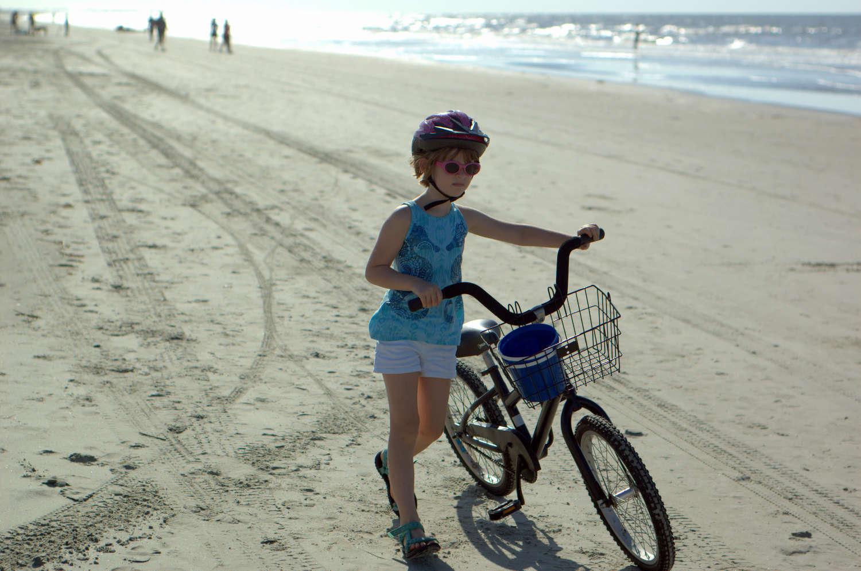 bikeonbeach.jpg