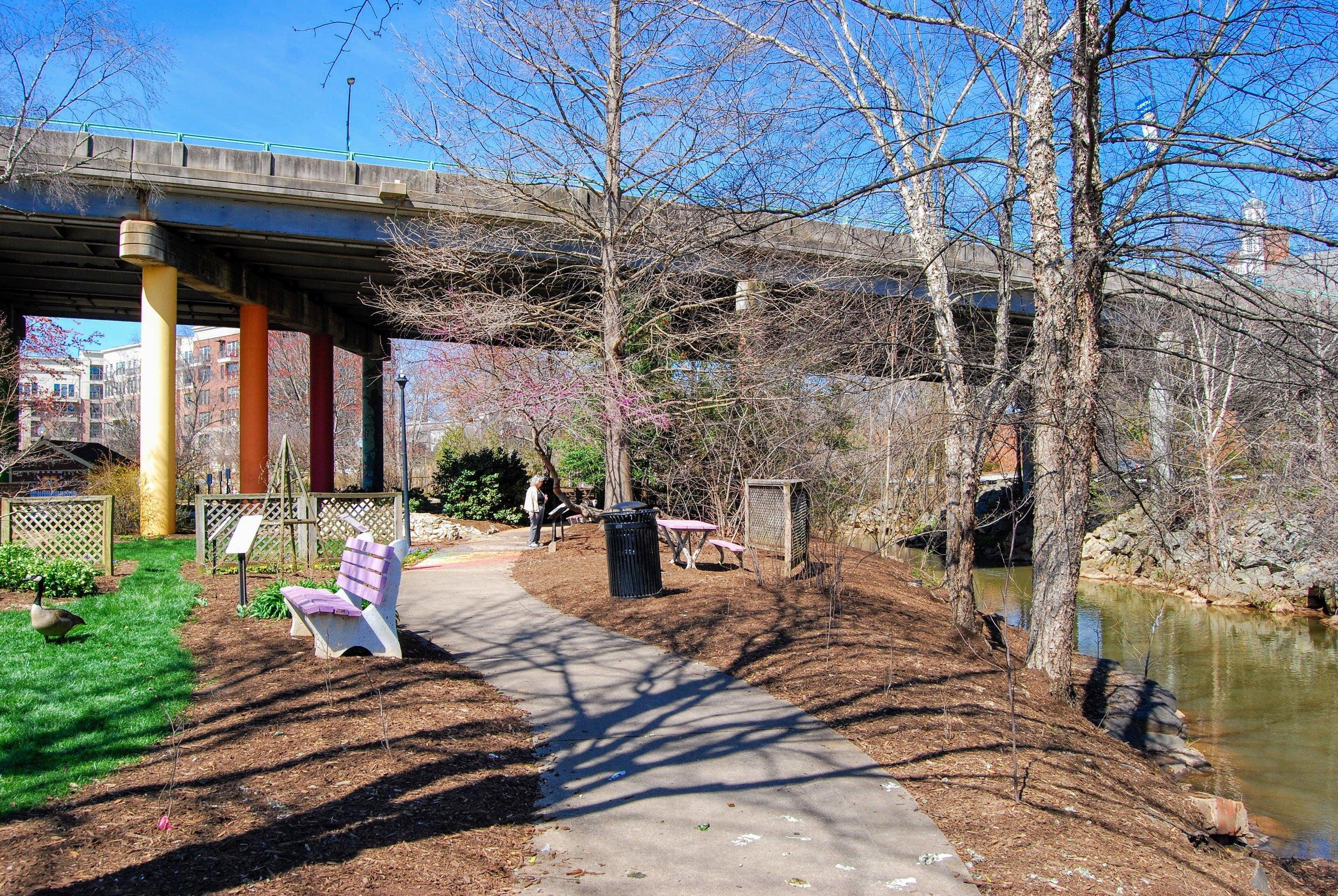 Link-stone-park-greenville.JPG