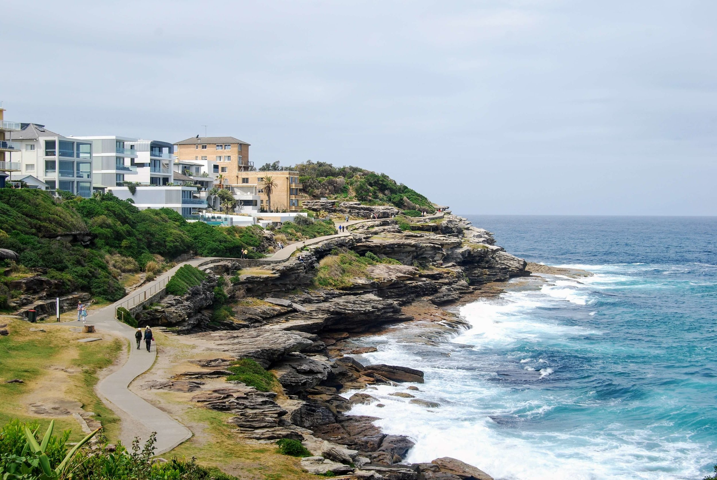 The coastal walk from Coogee to Bondi has some pretty good scenery, no?